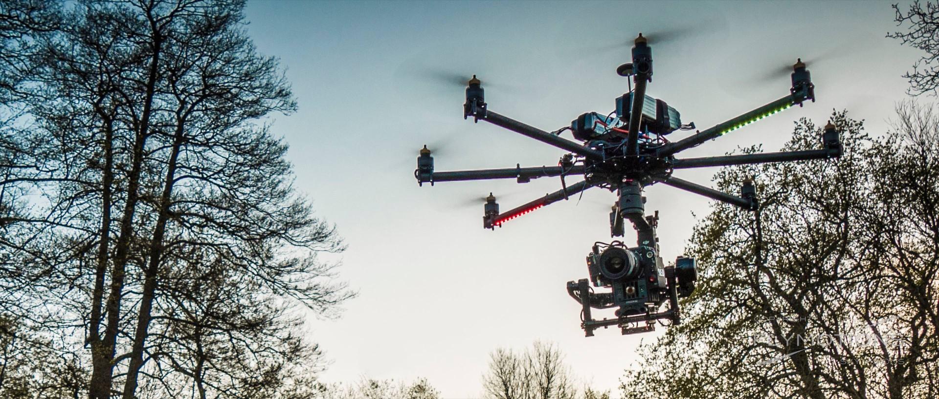 drone-cinestar8-octocopter-reddragon aerials